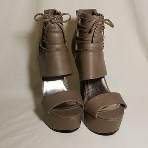Women's Platform Stilettos w/ a Bow
